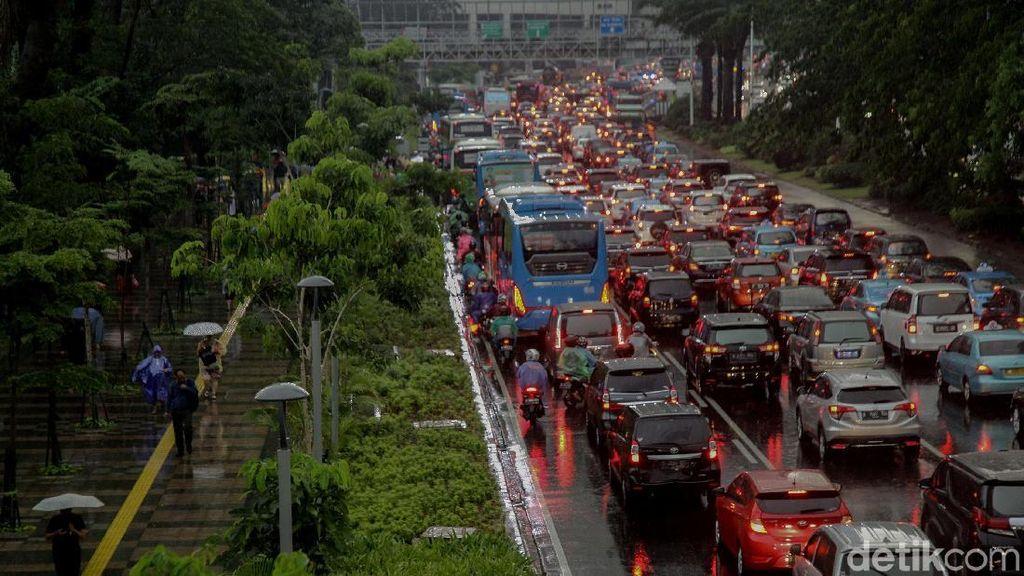 Jakarta Diprediksi Hujan, Waspadai 4 Penyakit yang Biasa Muncul Ini