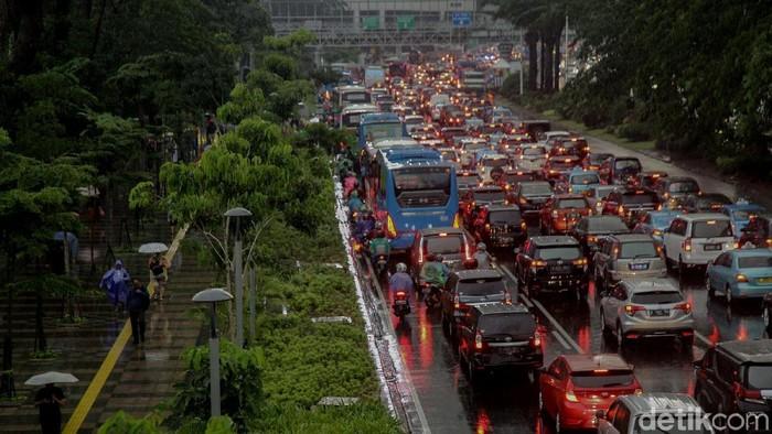 Musim hujan, banyak penyakit bermunculan (Foto: Rifkianto Nugroho)