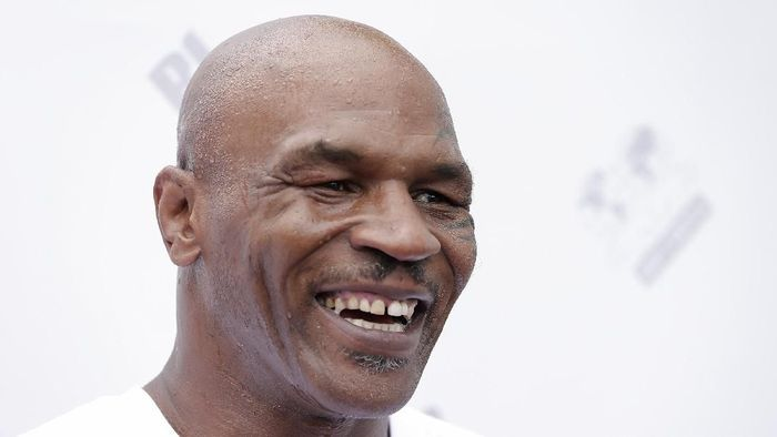 Mike Tyson (Christopher Polk/Getty Images)