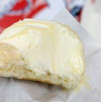 Nyam! Ada Burger Isi Whipped Cream yang Pas Dijadikan Dessert Lezat
