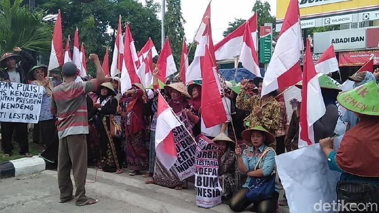 Geruduk Polres Rembang, Massa Tuntut Usut Pembakaran Tenda Perjuangan