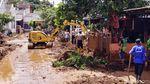 Pasca Tanggul Jebol, Lumpur di Pasirjati Mulai Dibersihkan