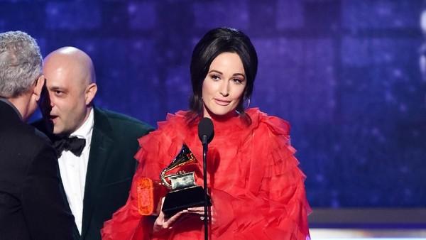 Semua Milik Kacey Musgraves, Golden Hour Jadi Album of the Year