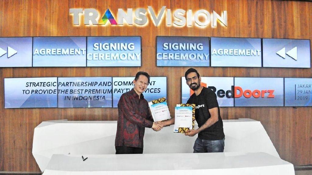 Transvision-RedDoorz Kini Berkolaborasi