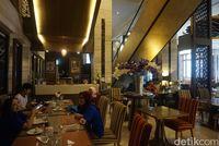 Mencoba Makanan Buffet Halal di Thailand, Ada Lho!