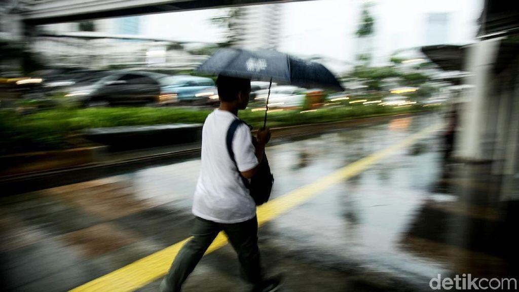 Tips Menangkal Pilek dan Masuk Angin di Awal Musim Hujan
