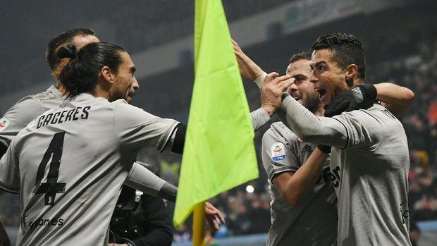 Cristiano Ronaldo datang sebagai pemain baru Juventus musim ini.