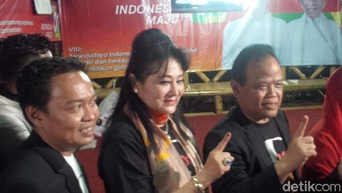 Foto: Penggagas mobil Esemka, Sukiyat, dukung Jokowi (Bayu Ardi-detik)