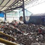 Luhut Minta Pembangunan Pembangkit Tenaga Sampah Dipercepat