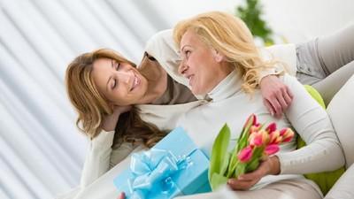 15 Ide Ucapan Kasih Sayang untuk Ibu di Hari Valentine