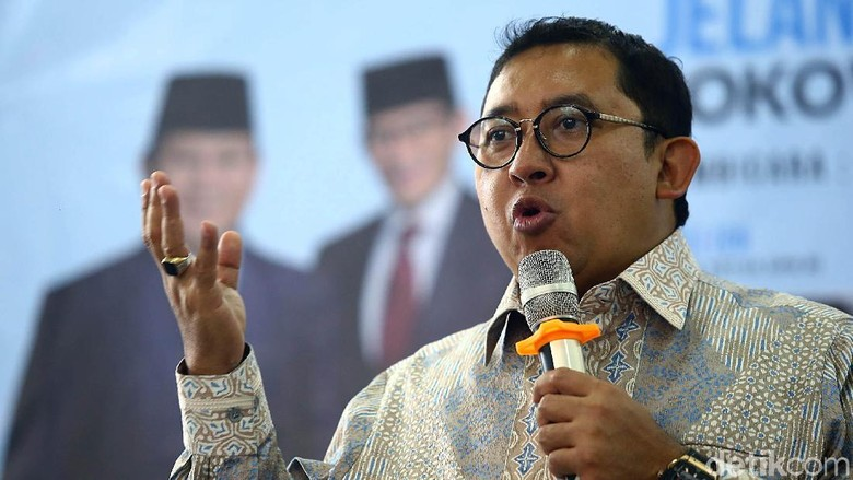 TKA di Cianjur Punya e-KTP, Fadli: Skandal Besar!