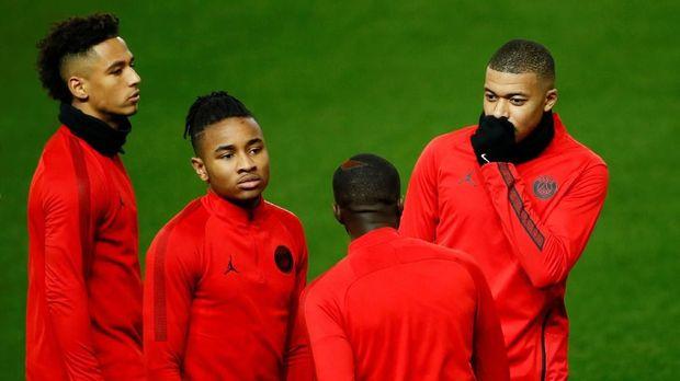 PSG tanpa dipastikan tanpa Neymar dan Edinson Cavani lawan Man United.