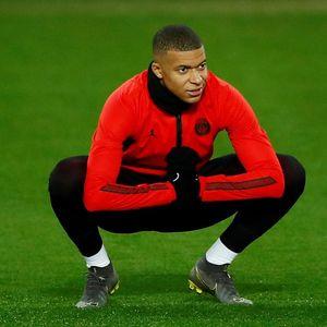 PSG Tegaskan Mbappe Bakal Bertahan