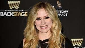 Ini Avril Lavigne Asli atau Palsu?