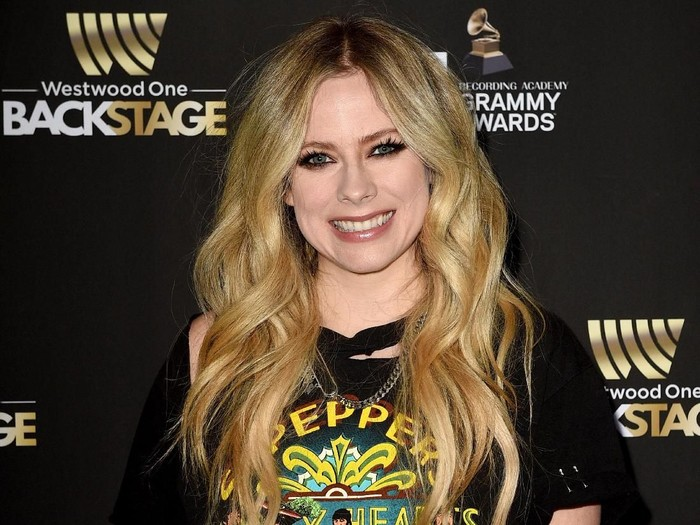 LOS ANGELES, CALIFORNIA - FEBRUARY 08: Avril Lavigne attends the GRAMMY Gift Lounge during the 61st Annual GRAMMY Awards at Staples Center on February 08, 2019 in Los Angeles, California. (Photo by Jerod Harris/Getty Images for The Recording Academy)