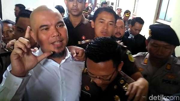 Awal Mula Pengacara Ahmad Dhani Emosi Hingga Perang Mulut dengan Jaksa
