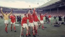 Kiper Juara Piala Dunia Inggris Gordon Banks Tutup Usia