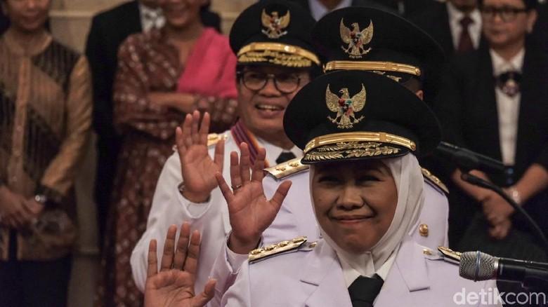 Jokowi Resmi Lantik Khofifah Jadi Gubernur Jawa Timur