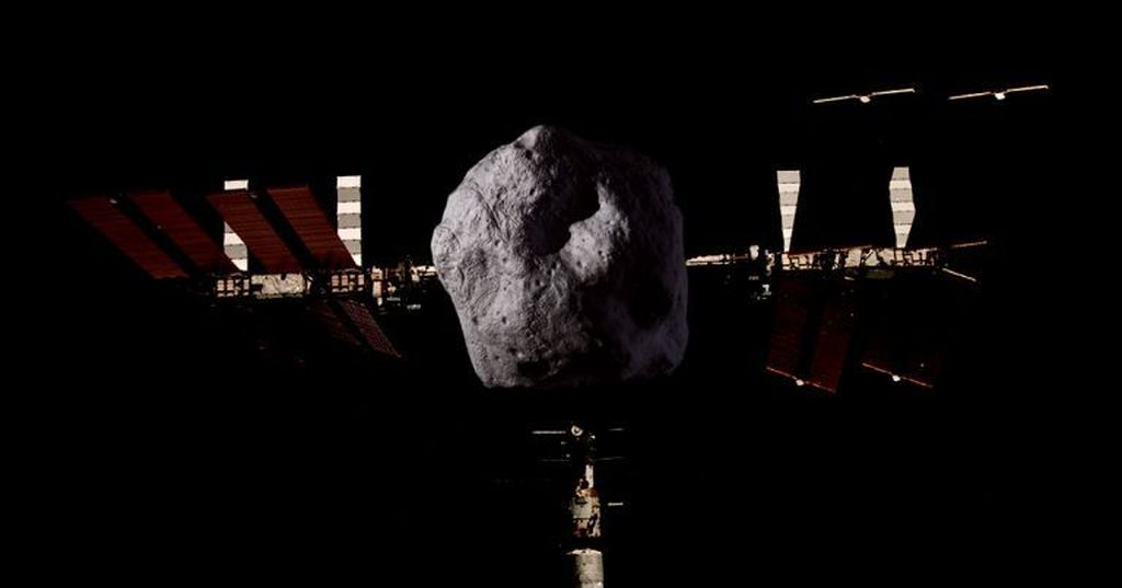 10. Asteroid 363599 (2004 FG11) yang berukuran 170-380 meter diperkirakan mendekati Bumi pada 11 April 2020. Dengan kecepatan 88 ribu km/jam, asteroid ini akan mendekat hingga berjarak 7,4 juta km dari Bumi. Foto: futurism