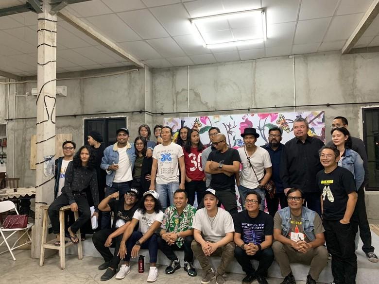 Anang Hermansyah bersama Glenn Fredly, Slank dan KNTL RUUP Foto: Istimewa