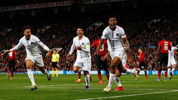 PSG kalahkan Man United 2-0 di leg pertma.
