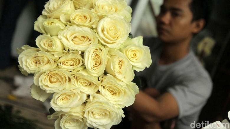 Pelajar di Depok Dilarang Rayakan Valentine