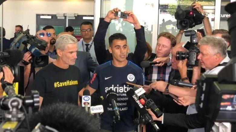 Tiba di Melbourne, Hakeem Al Araibi Disambut Puluhan Pendukung