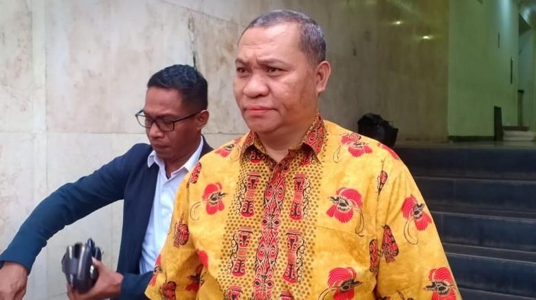 Pemprov Papua Serahkan Bukti Tas yang Disebut Diincar KPK ke Polisi
