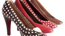 Mirip Asli, 10 Sepatu Keren Ini Terbuat dari Cokelat