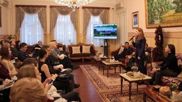 Pertemuan Dubes RI Moskow M. Wahid Supriyadi dengan pelaku usaha pariwisata Rusia di Moskow, Selasa (12/2).