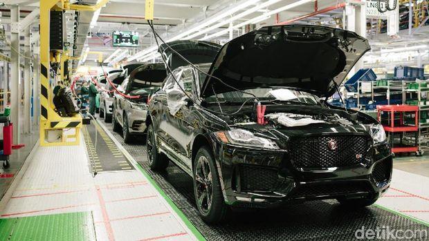 Pabrik Jaguar di Solihull Inggris