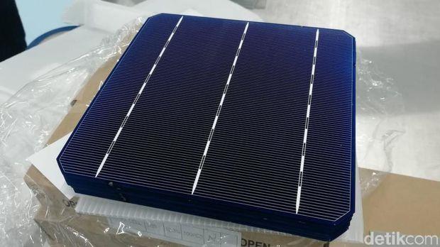 Lampu jalanan solar panel