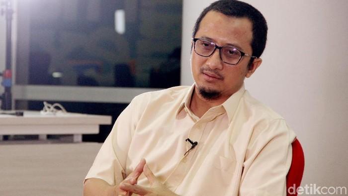 Ustaz Yusuf Mansur saat menjalani syuting Blak-blakan di kantor detikcom