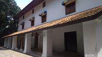 Kisah Bangunan Cirebon yang Konon Dibangun Sehari Semalam
