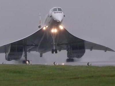 Ada Apa dengan Hidung Bengkok Pesawat Concorde?