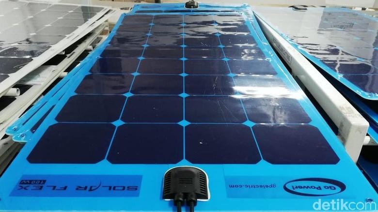 Panel surya lampu jalanan Foto: Rizki Pratama/detikOto