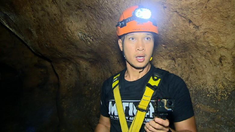 Foto: Bimo Aryo survival dalam Gua Sipahang (My Trip My Adventure)