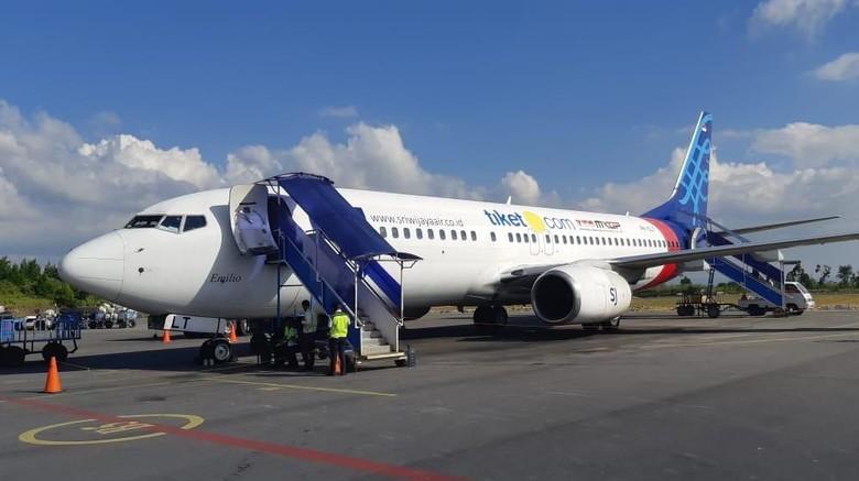 Sriwijaya Air merupakan maskapai perdana yang mengoperasikan Boeing 737-800 NG di rute Jakarta-Silangit sejak kemarin.