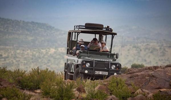 200 Masyarakat sekitarnya bekerja sebagai pemandu dan staff dari Loisaba Conservancy (Loisaba Conservancy/Facebook)