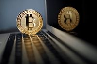 Ada Transaksi Transfer Rp 14 T pakai Bitcoin, Investor Panik?