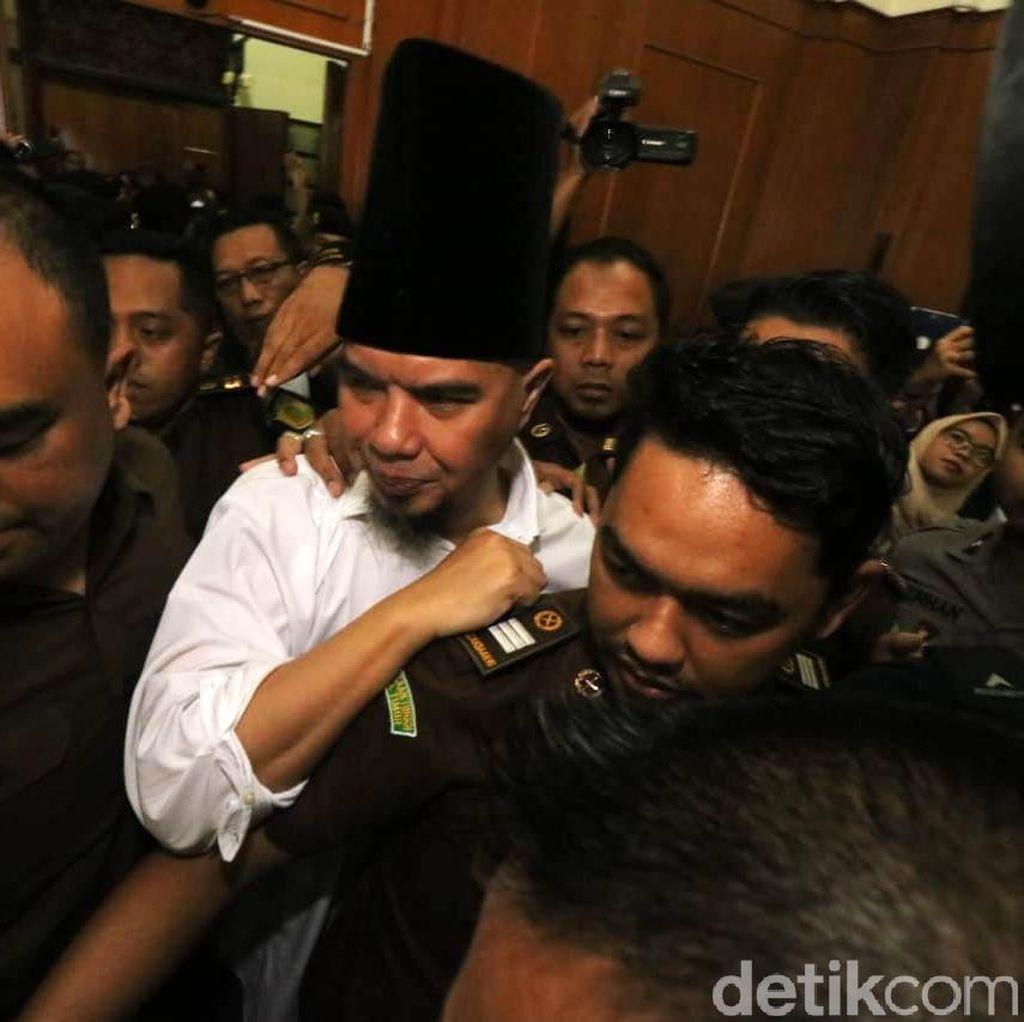 Ahmad Dhani Sampai Diinfus, Apakah Asam Urat Bisa Membahayakan?