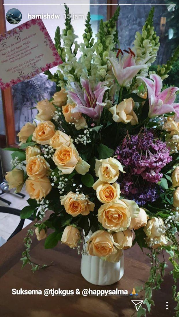 Bunga-bunga Cantik dari Para Artis untuk Kelahiran Buah Hati Raisa