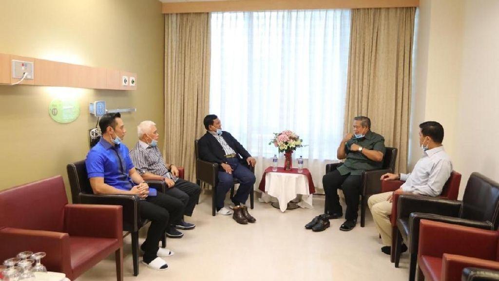 Doa Prabowo untuk Ani Yudhoyono yang Sakit Kanker Darah