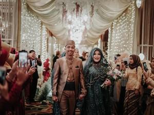 Bikin Merinding, Undangan Pocong dan Tamu Gaib di Pernikahan Risa Saraswati