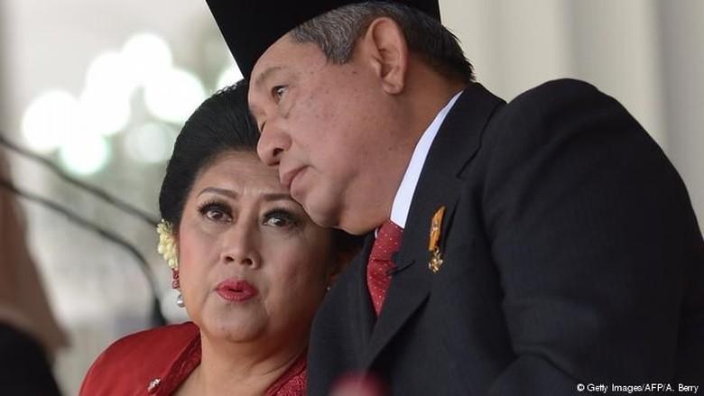 Ani Yudhoyono dan SBY/ Foto: AFP