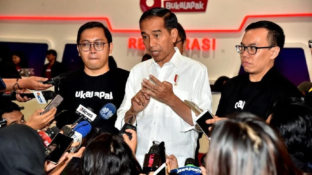Jokowi Tanggapi Cuitan Kontroversial CEO Bukalapak