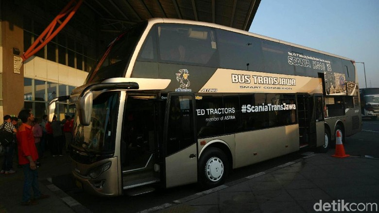 Bus Trans Jawa Foto: Agung Pambudhy