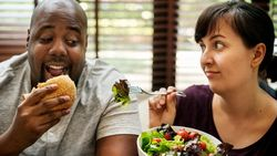 Valentine, Momen Tepat Ingatkan Pacar Cek Kolesterol