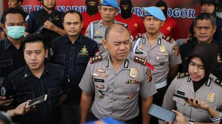 Polisi Gerebek Pabrik Rumahan di Bogor, 1,5 Kg Sabu Disita