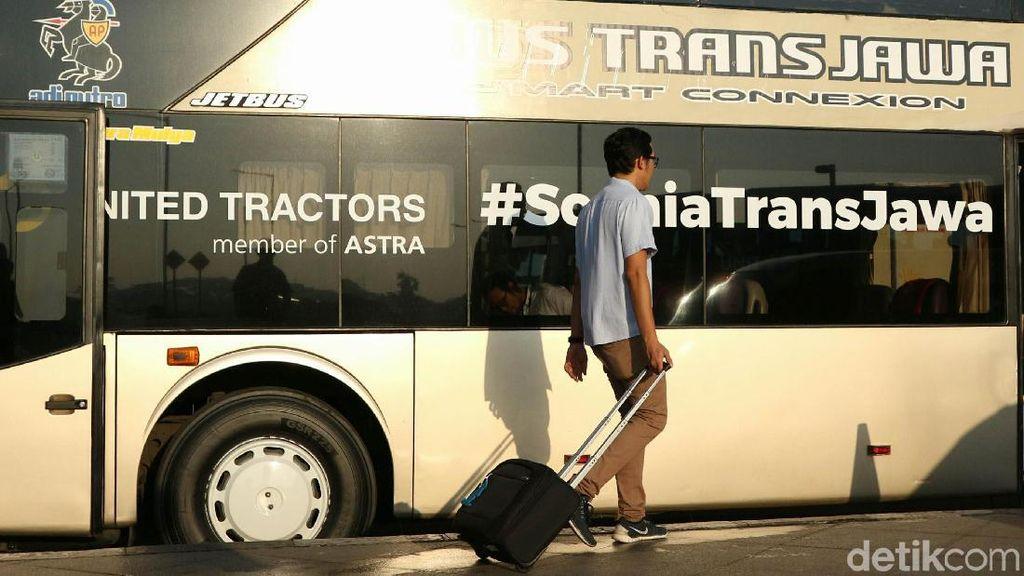 Masyarakat Pilih Naik Bus Gara-gara Tiket Pesawat Mahal